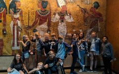 6th Grade goes to see the King Tut Exhibit